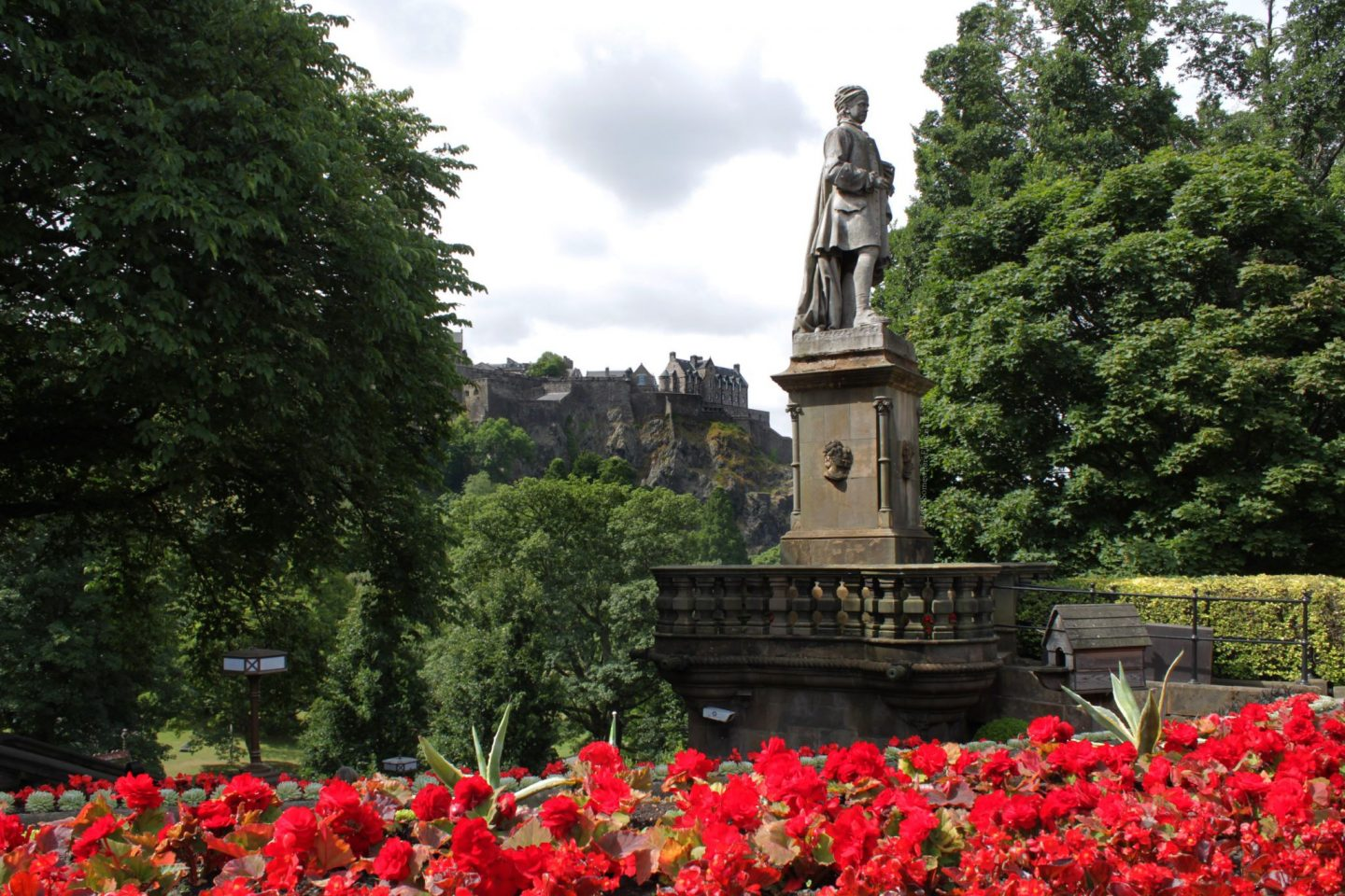 West princes street garden, flowers