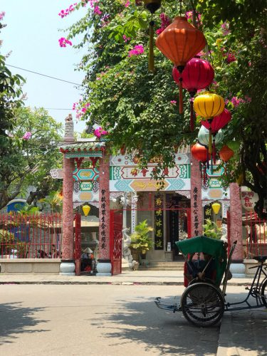 FALLING IN LOVE WITH HOI AN