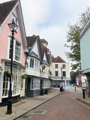 VISITING FAVERSHAM | POSTCARDS & A BITE SIZE HISTORY